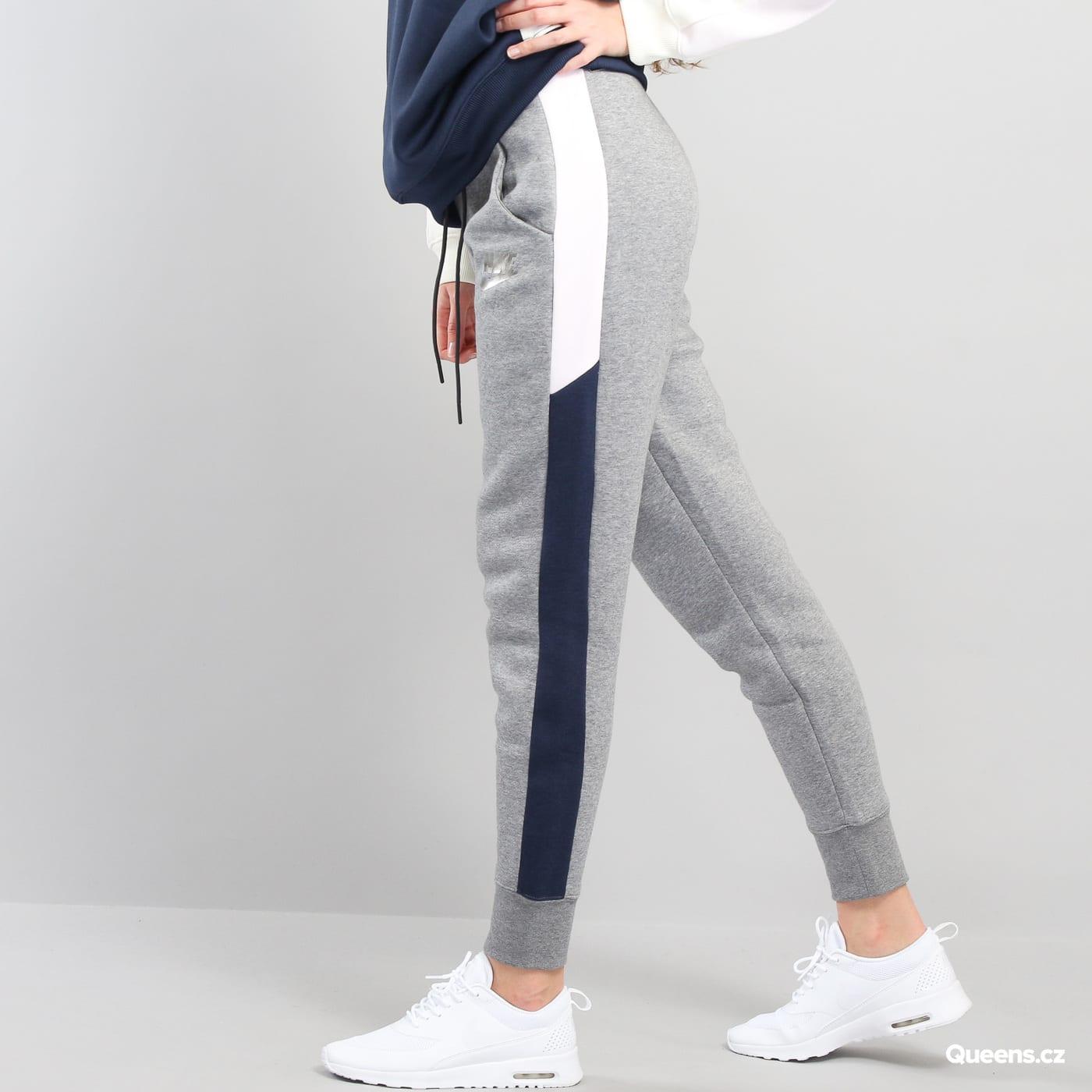pantaloni tuta nike domna